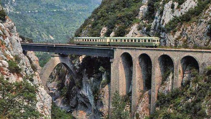 Ferrovia-Cuneo-Ventimiglia-slash-Nizza-viadotto-Bevera-presso-Sospel